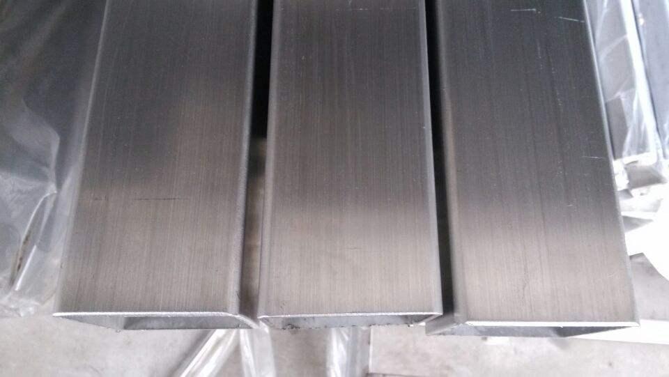 不锈钢316L拉丝方管